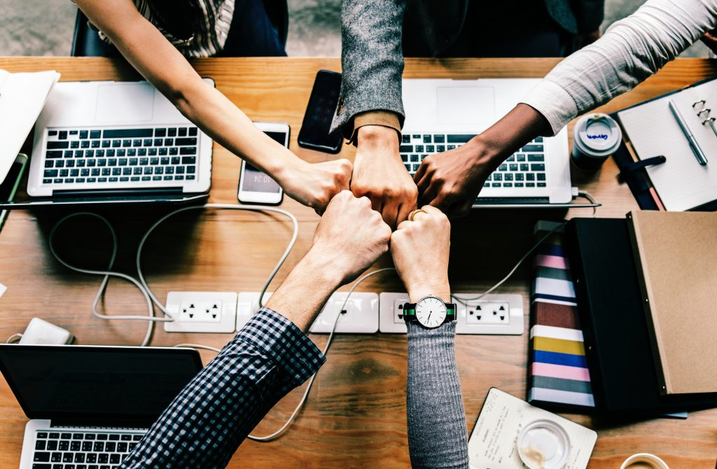 Teamwork - collaboration - employee engagement